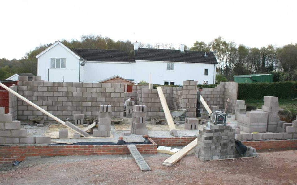 The necessary house construction steps to follow